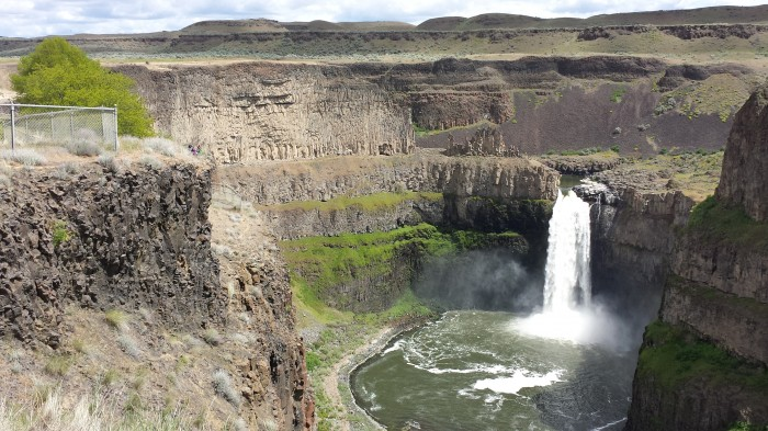 palouse falls wide